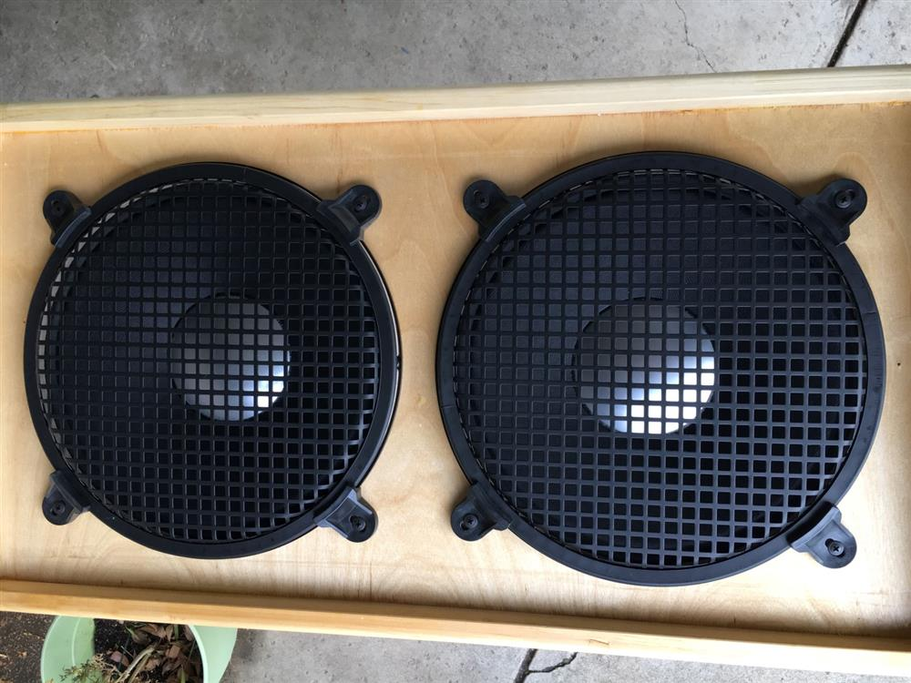 2x12 Speaker Cab with Grills 1