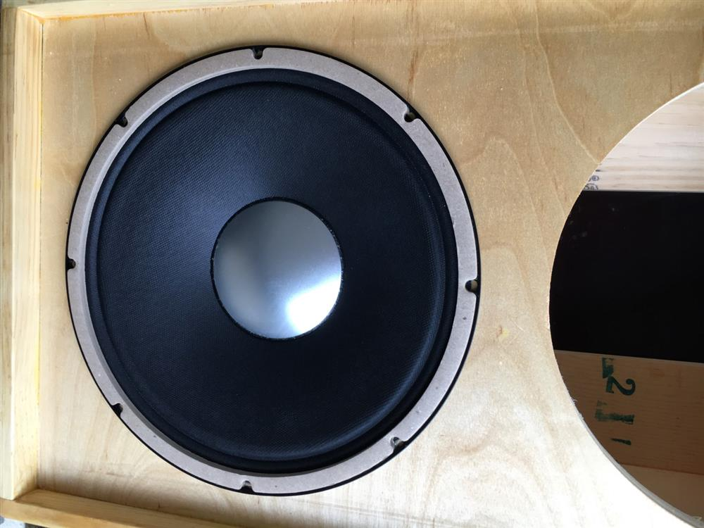Weber Ceramic California 12 Speaker